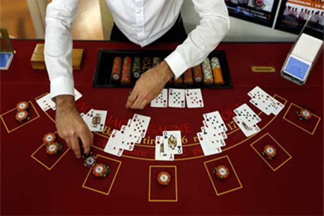 Ladies Casino Players - Betting